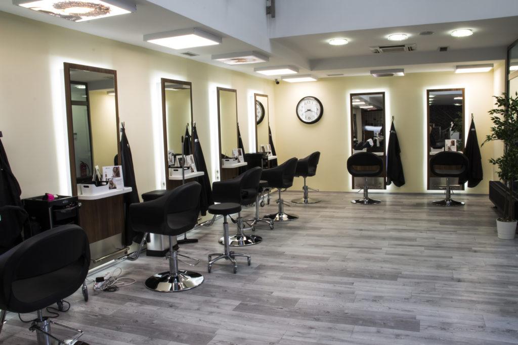 32 Hair Salon - Fodrászat